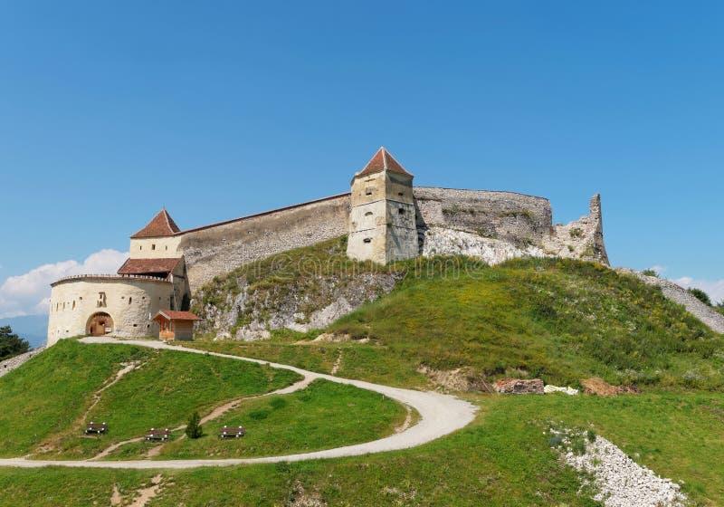 Medeltida fästning i Rasnov, Rumänien arkivbilder