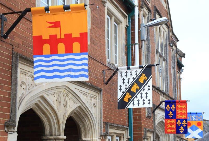 Medeltida flaggor i Colyton royaltyfri bild