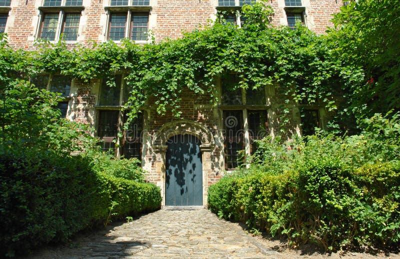 medeltida flemish hus för facade royaltyfria bilder