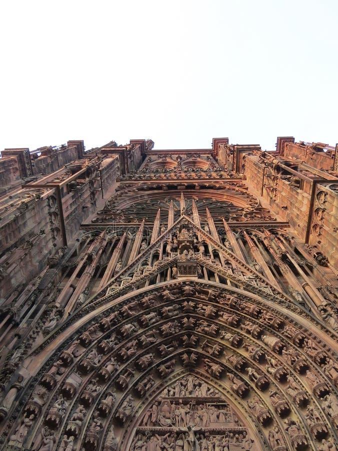 Medeltida gotisk kyrka arkivfoton