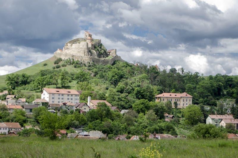 Medeltida historisk fästning av Rupea, Rumänien arkivbilder