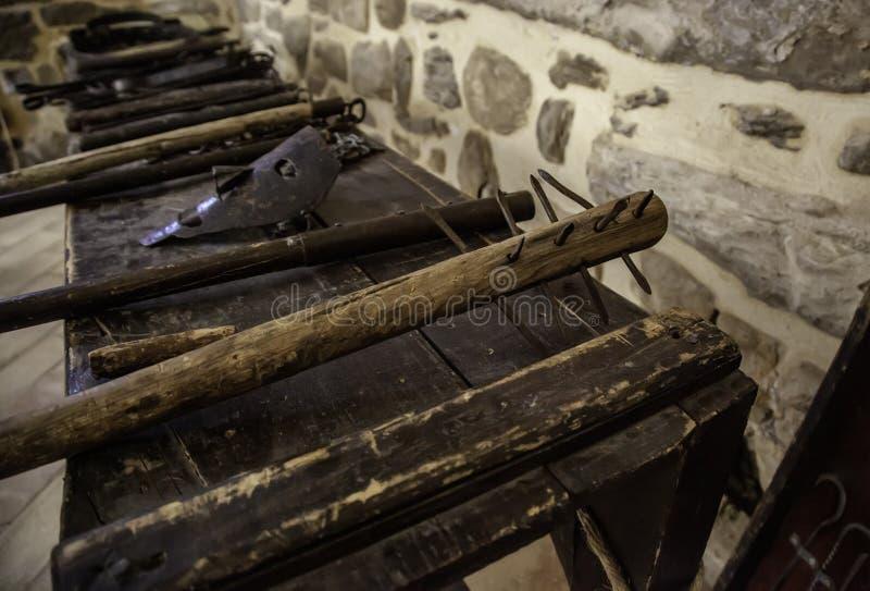 Medeltida instrument av tortyr arkivfoto