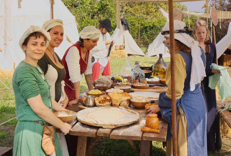 medeltida kokkonst arkivbilder