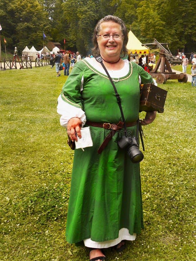 medeltida kvinna för dräkt arkivfoton