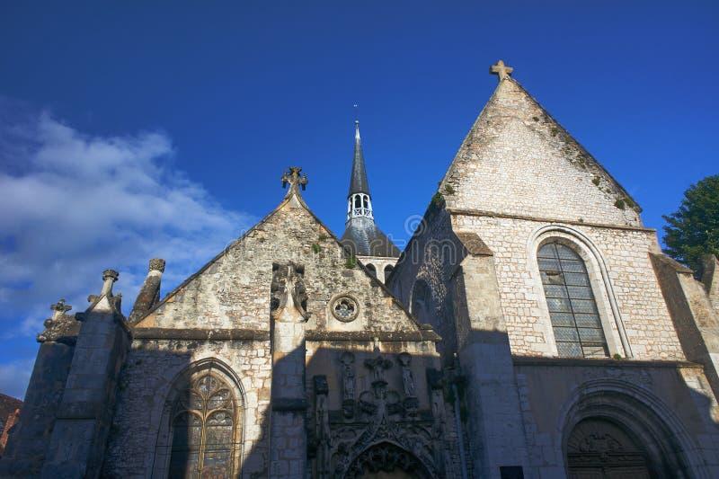 Medeltida kyrka och byggnader arkivfoton