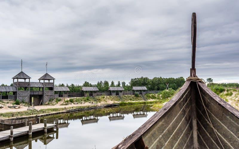 Medeltida landskap från talarstolen för skepp` s royaltyfria bilder