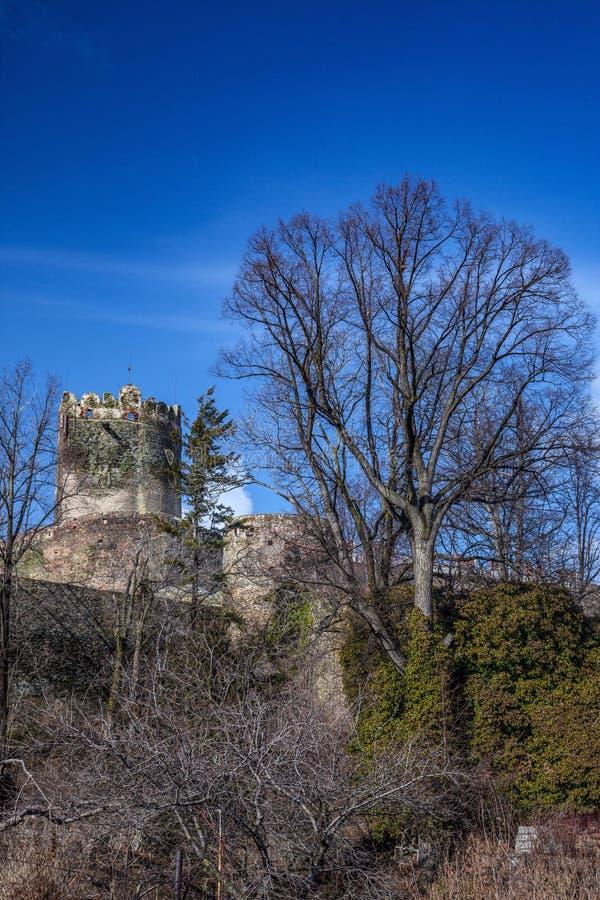 Medeltida slott i Bolkow Fäll ned Silesia royaltyfri fotografi
