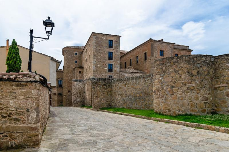 Medeltida slott i Oropesa toledo spain royaltyfri bild