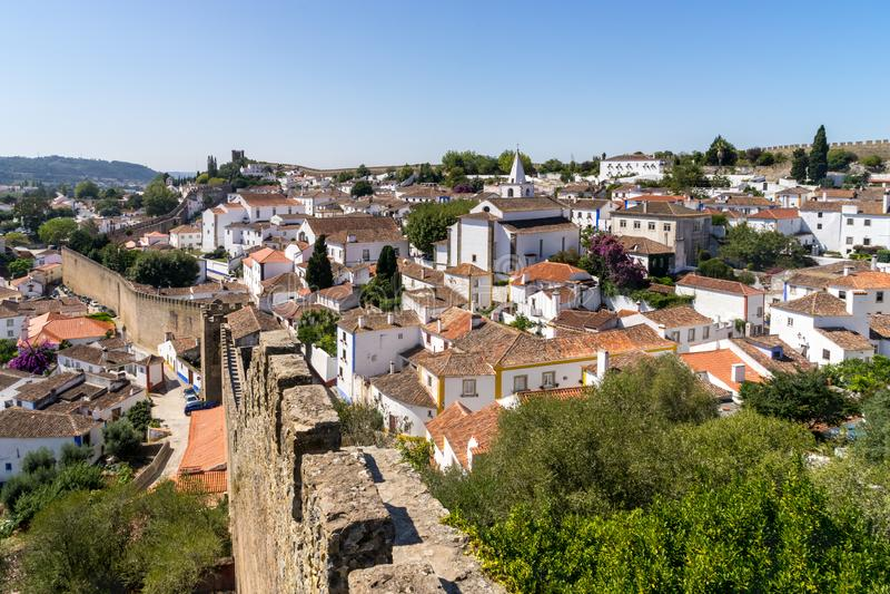Medeltida stadObidos landskap fotografering för bildbyråer