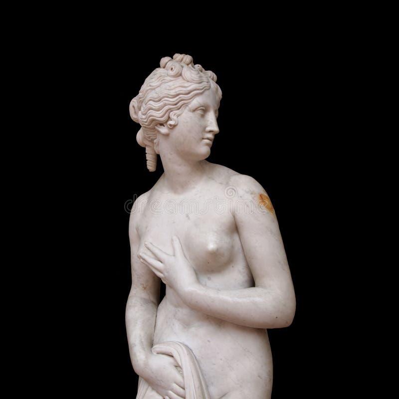 Medeltida staty av aphroditen, gammalgrekiskagud royaltyfri foto