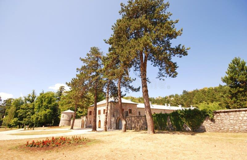 Medeltida stenhus (Cetinje, Montenegro) arkivbild
