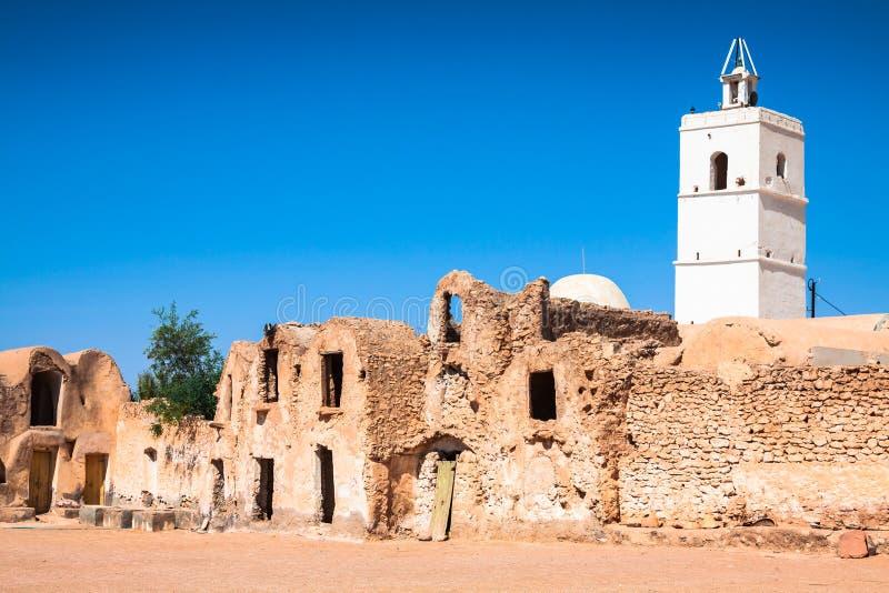 Medenine Tunezja: tradycyjnego Ksour Berber Warowny świron fotografia royalty free
