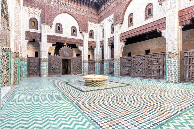 Medersa Bou Inania Koranic School, Marrocos imagens de stock royalty free