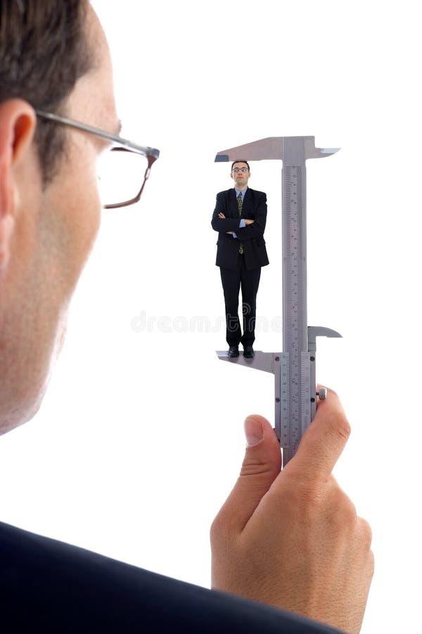 Medição homens foto de stock
