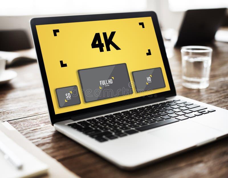 media de divertissement de 4K Digital coulant le concept de TV image stock