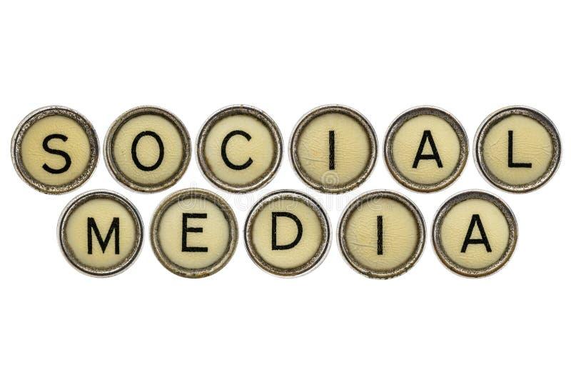 Media social dans des clés de machine à écrire photo libre de droits