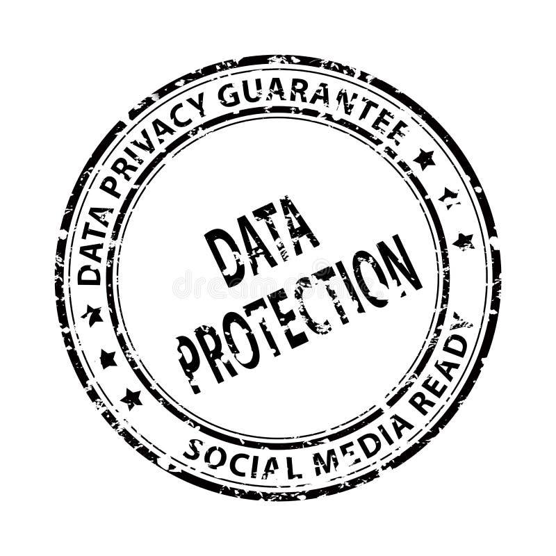 Media sociali e bollo di protezione dei dati isolato su bianco immagine stock
