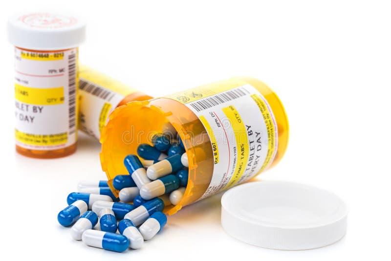 Medicación de la prescripción en frascos de la píldora de la farmacia imagen de archivo libre de regalías