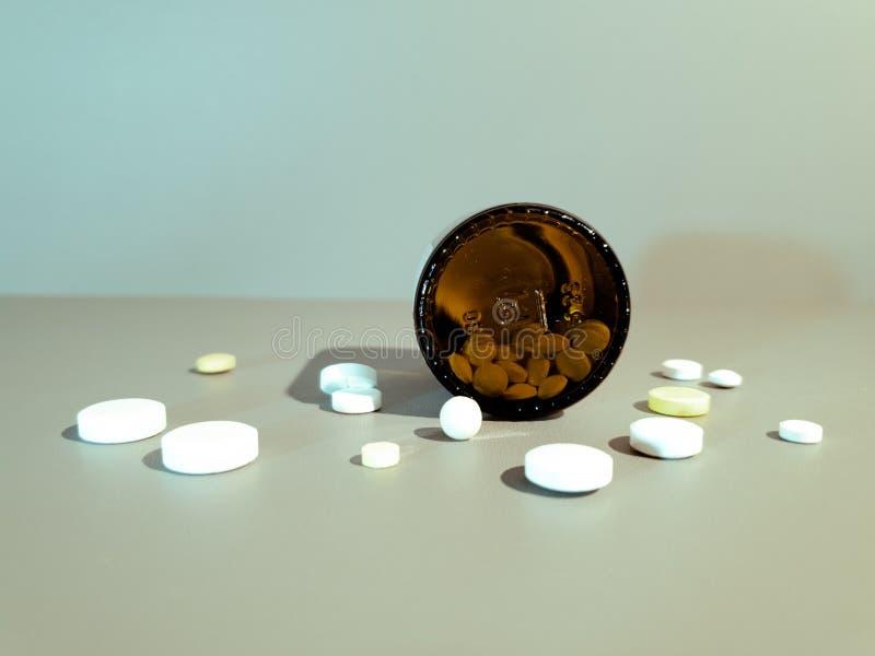 Medicamentação do close-up Close up dos comprimidos Drogas m?dicas fotos de stock royalty free
