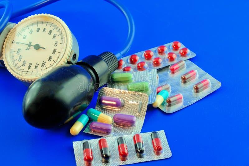 Medicamentação para a hipertensão imagem de stock
