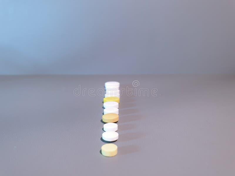 Medicamenta??o do close-up Close up dos comprimidos Drogas m?dicas imagem de stock