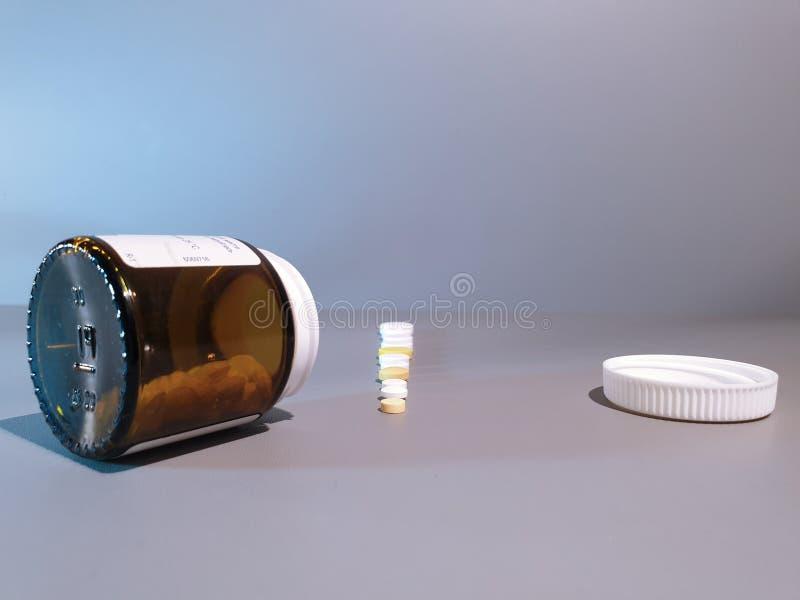 Medicamenta??o do close-up Close up dos comprimidos Drogas m?dicas imagens de stock