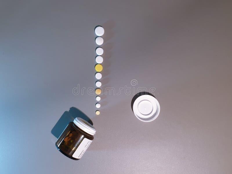 Medicamenta??o do close-up Close up dos comprimidos Drogas m?dicas fotos de stock
