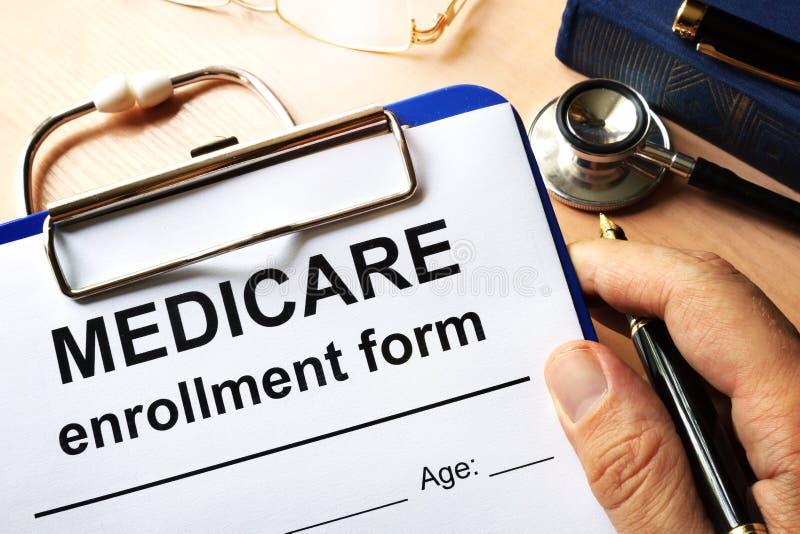 Medicare inskrivningform royaltyfria foton