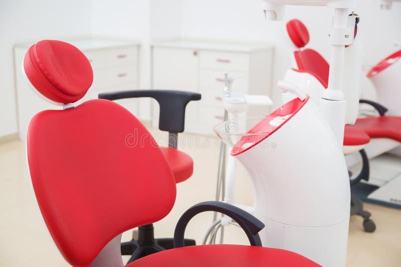 Medicina, estomatología, oficina dental de la clínica, equipamiento médico para la odontología fotografía de archivo libre de regalías