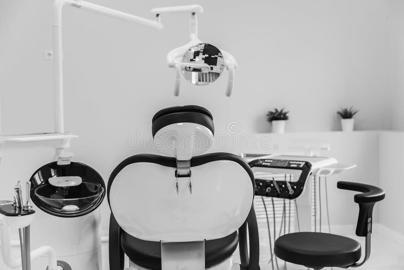 Medicina, estomatología, oficina dental de la clínica, equipamiento médico para la odontología fotografía de archivo