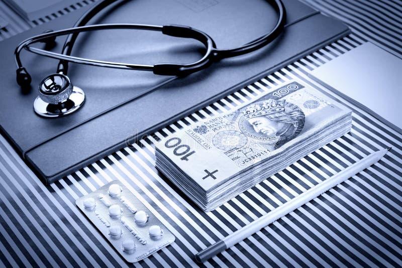 Medicina y finanzas imagen de archivo libre de regalías