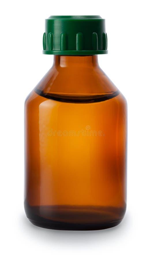 Medicinflaska av brunt exponeringsglas som isoleras på vit bakgrund royaltyfri fotografi