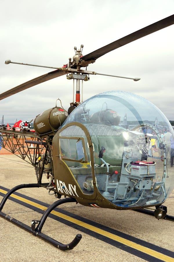 Medicinsk evakueringshelikopter för tappning arkivfoto