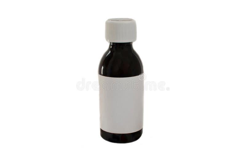 Medicinsk flaska av mörk färg med den vita isolaten för klistermärkesidosikt arkivfoton