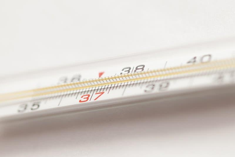 medicinsk kvicksilvertermometer arkivbilder