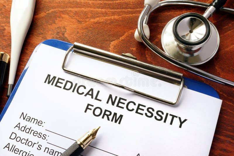 Medicinsk nödvändighetsform arkivbilder