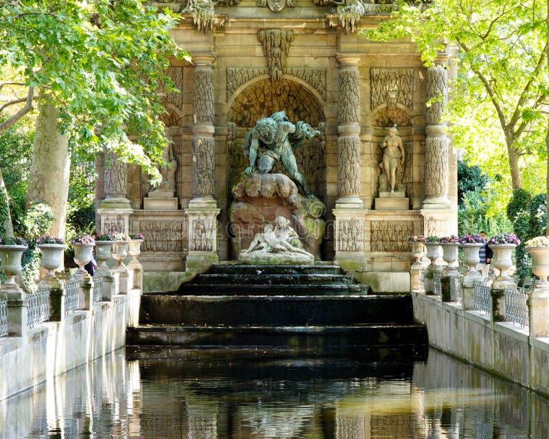 Medicis-Brunnen lizenzfreies stockbild