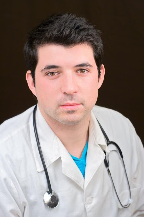 Medico con uno stetoscopio fotografie stock libere da diritti