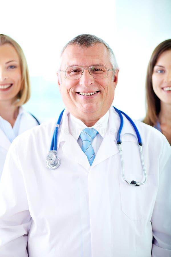 Medico felice fotografie stock
