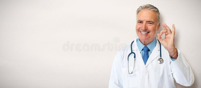 Medico maggiore immagine stock