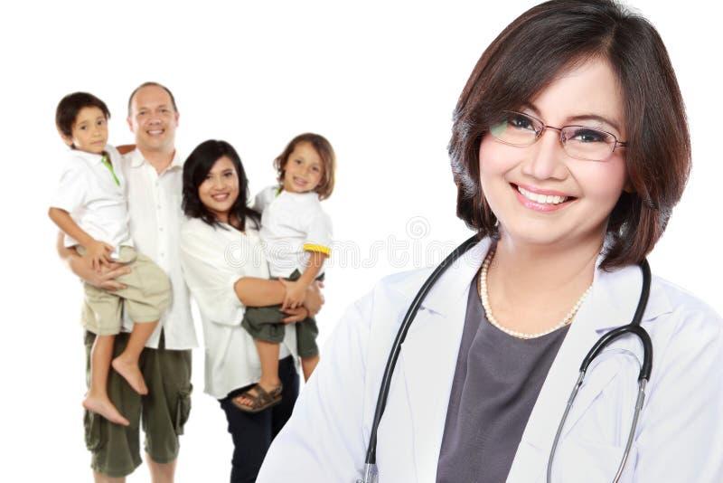 Medico sorridente Concetto di sanità della famiglia immagine stock
