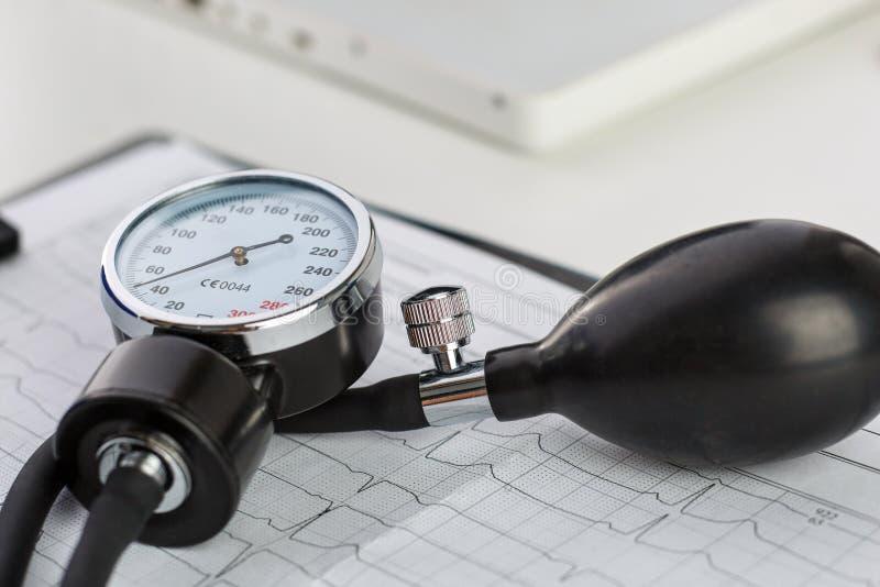 Medidor da pressão sanguínea foto de stock royalty free