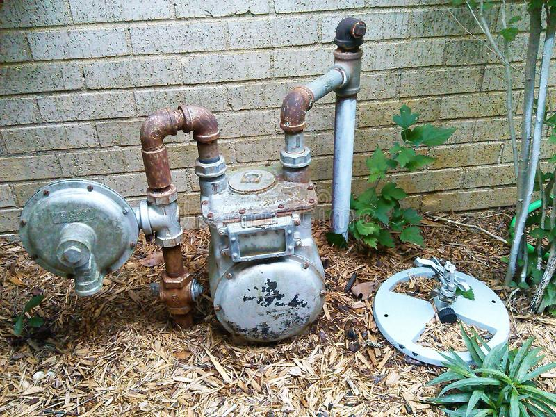 Medidor de água oxidado fotografia de stock royalty free