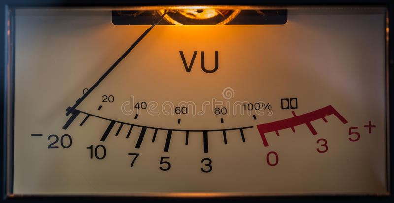 Medidor eletrônico análogo do VU fotos de stock royalty free