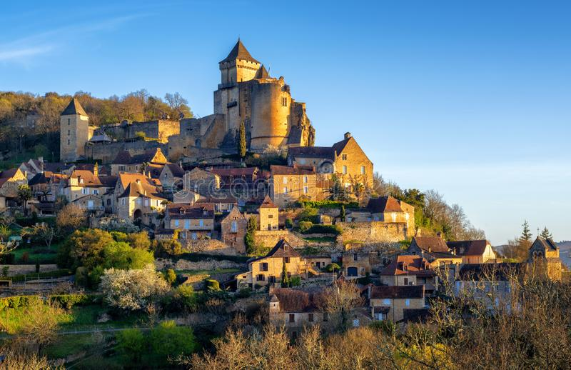 Medieval Castelnaud village and castle, Perigord, France stock photography
