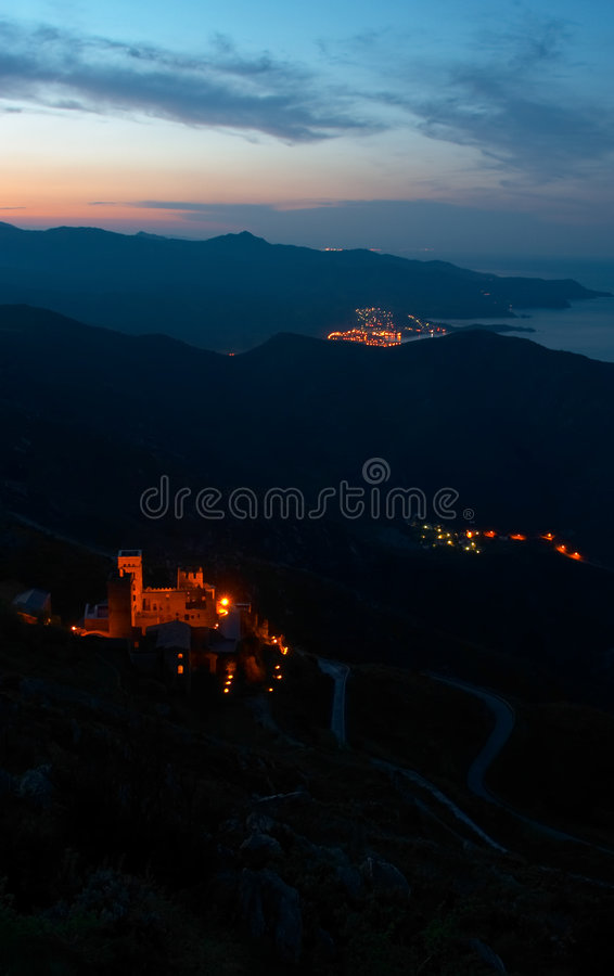 Free Medieval Castle Stock Images - 744354