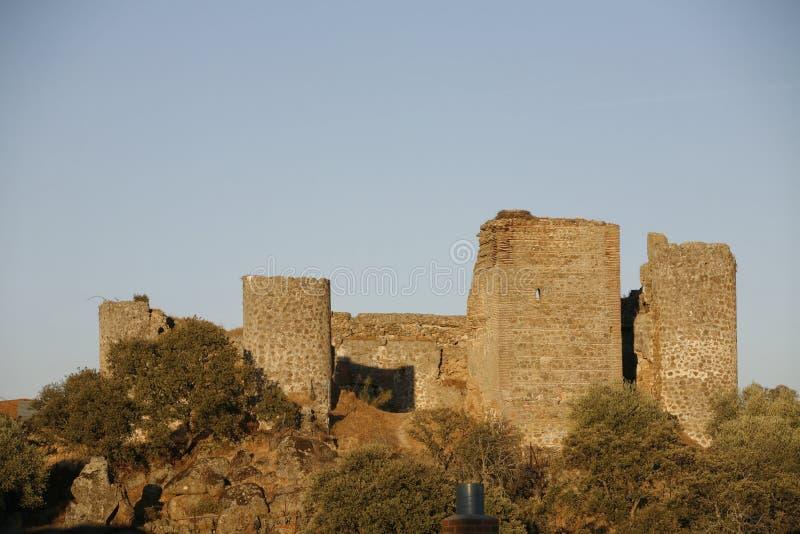 Medieval castle i Mejorada Toledo arkivbilder