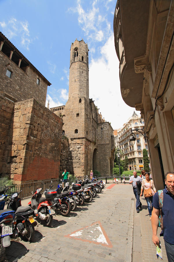 Free Medieval Palau Reial In Barri Gotic, Barcelona Stock Photography - 35096742