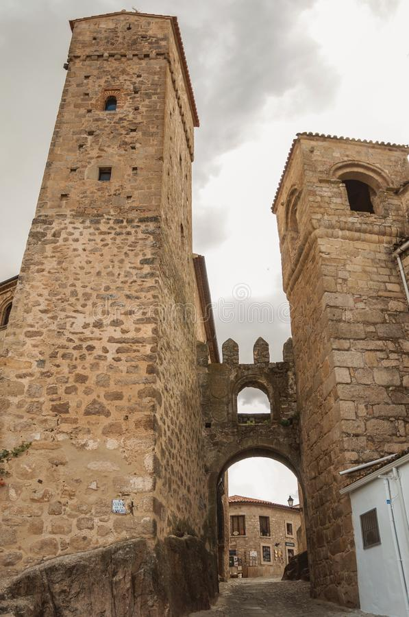 Medieval stone towers and gateway at Trujillo royalty free stock photos