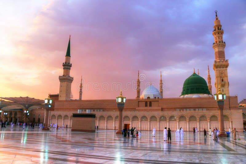 Medina/Arabia Saudyjska - 30 maja 2015 r.: Prorok Mohammed Meczet, Al Masjid i Nabawi obrazy royalty free
